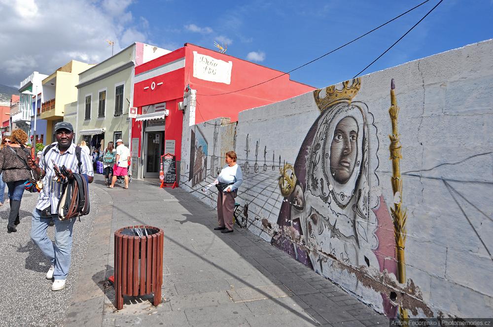 На улицах Канделярии, Тенерифе