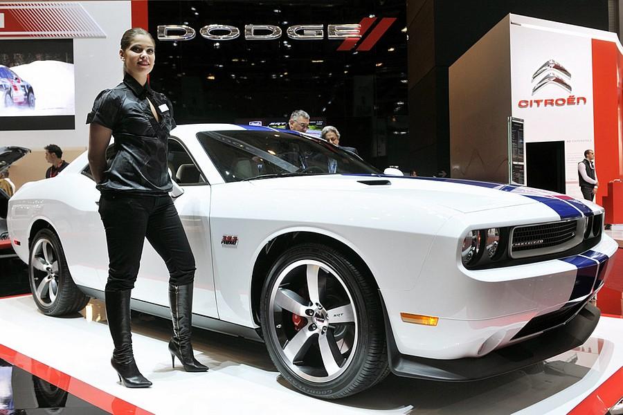 Новый Dodge Challenger SRT8 392