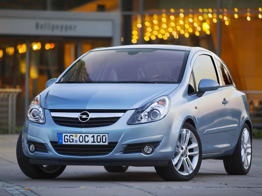Opel Corsa  - продажи 39,2 тыс. шт.