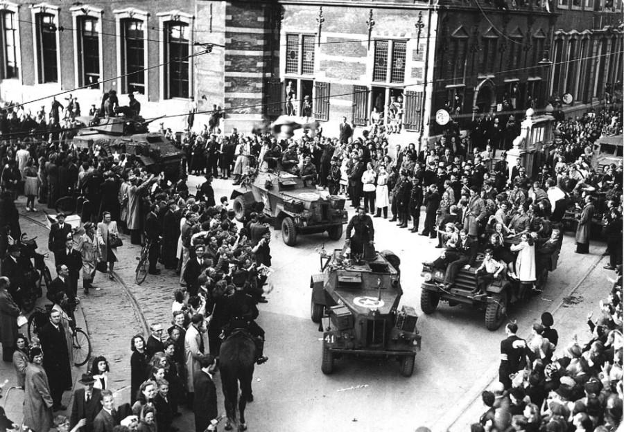 Освобождение Нидерландов. Встреча освободителей (ANP)