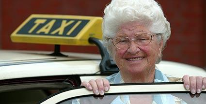 Самый старый водитель Германии сдал права