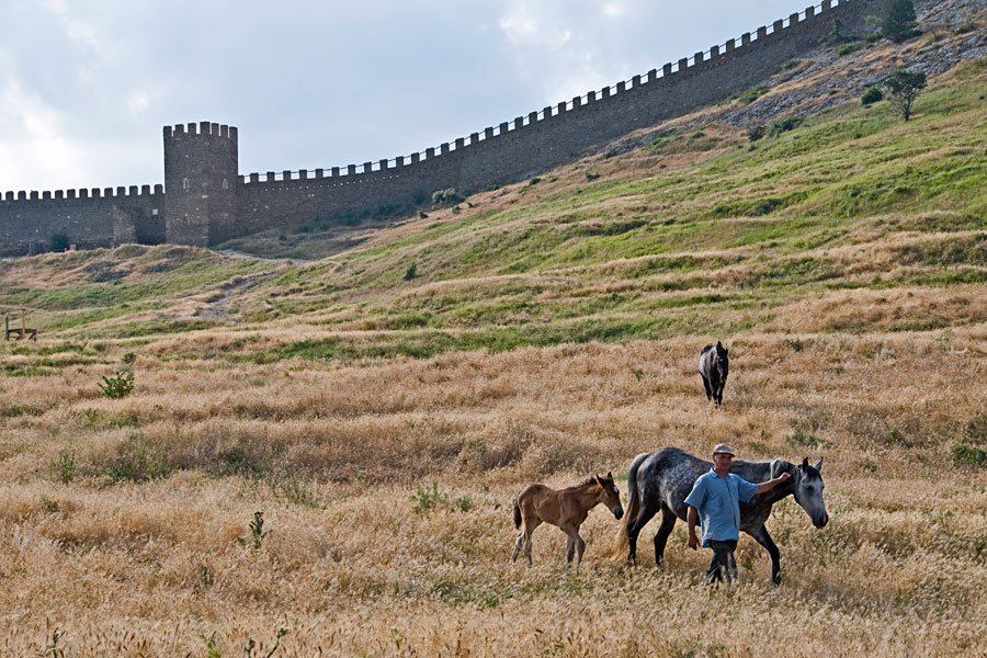 Внутренняя часть генуэзской крепости