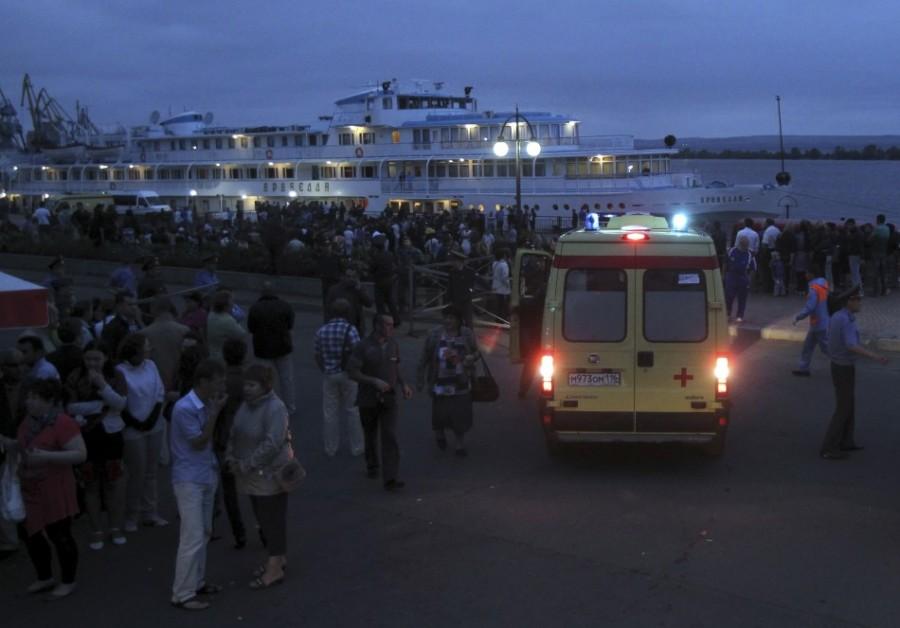 теплоход АРАБЕЛЛА прибыл в порт со спасенными пассажирами теплохода БУЛГАРИЯ