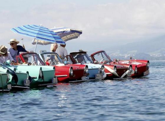 Водные авто на старте