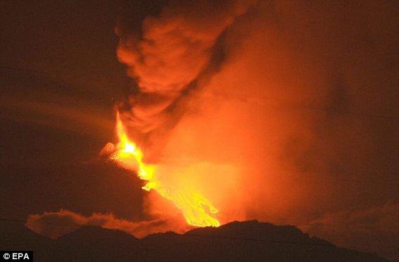 Этна просыпается второй раз за 10 дней