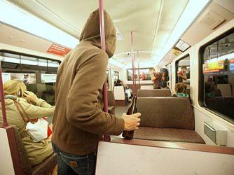 В гамбургских автобусах запретят пить алкоголь