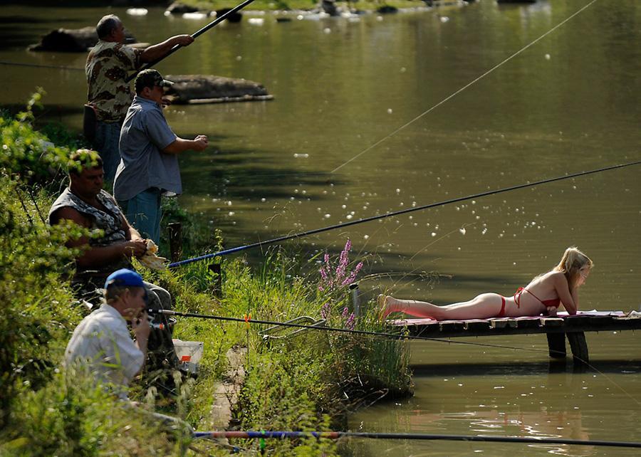 как надо ловить рыбу фото