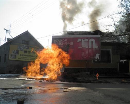 Из-за аварии во время ремонтных работ жители Ужгорода остались без света, газа и воды