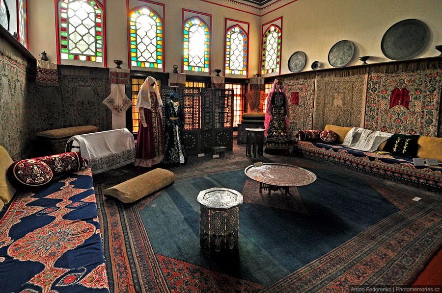 Многоликий и загадочный Бахчисарай