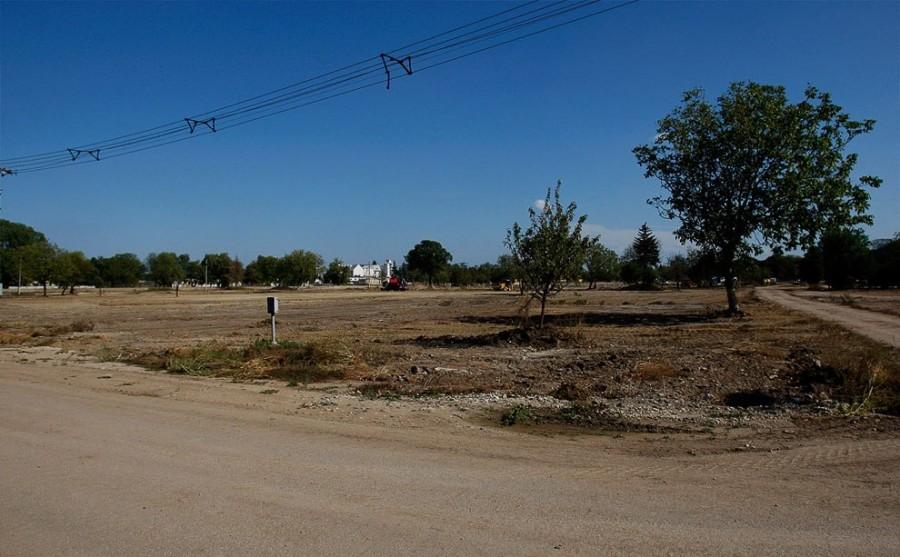 Сентябрь 2011, Дечевер, бывшая улица, все дома снесены