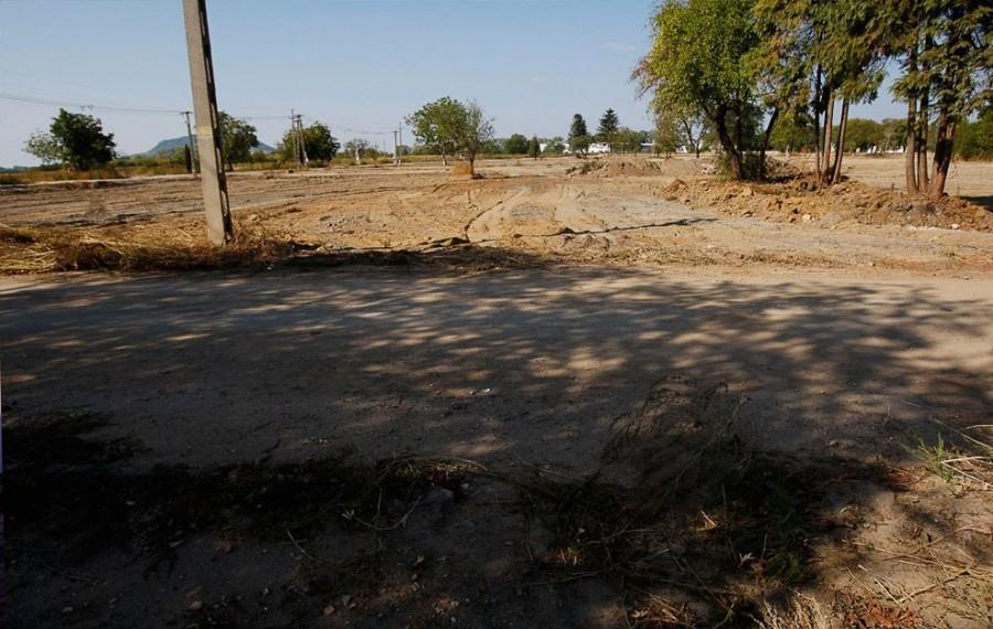 Сентябрь 2011, Дечевер, дома сравняли с землей, выжили только деревья