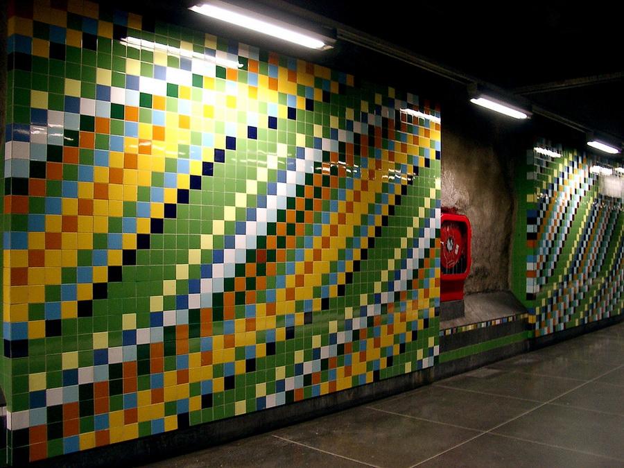 Метро Стокгольма - цветная мозаика