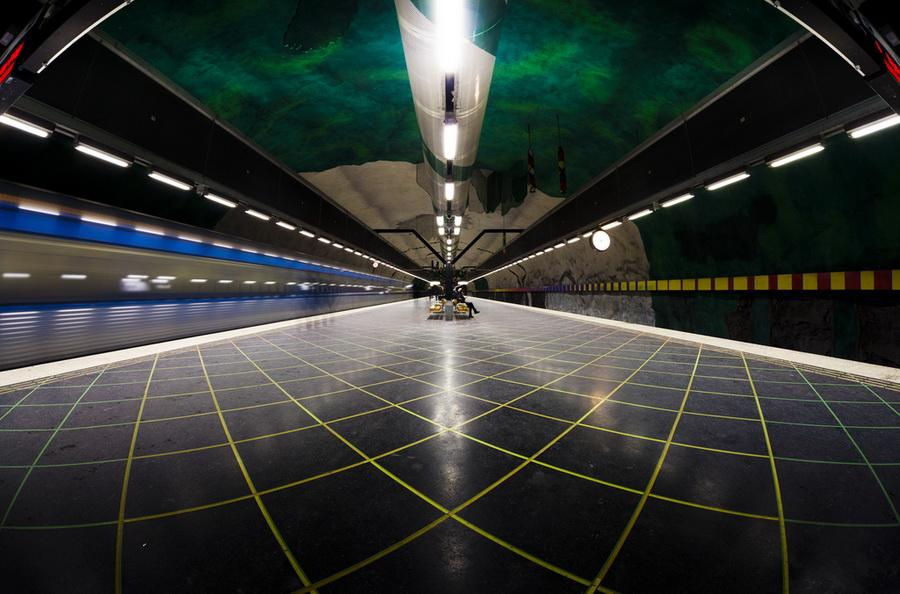 Метро Стокгольма - внеземной космос