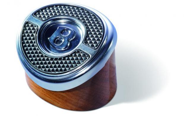 Пресс-папье создан из педали тормоза от Bentley Continental GT