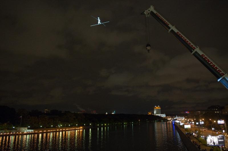 Фредди Нок над Москвой-рекой