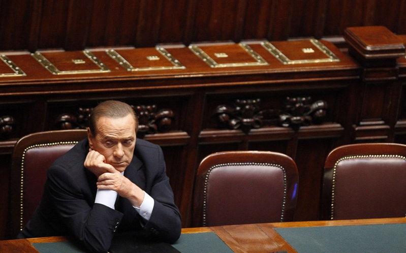 Многие политические меры Берлускони не воспринимаются обществом