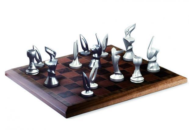 Шахматы - вишня, клен, орех, копии эмблемы, ручек, дверей, колесных дисков