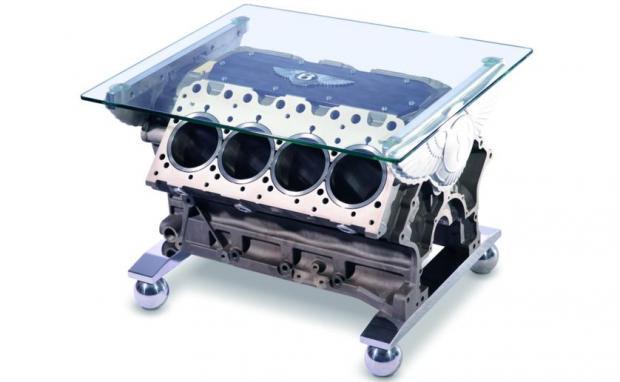 Журнальный столик из 6 ?-литрового двигателя V8 от Mulsanne