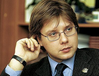 Нил Ушаков - лидер победившей партии, мэр Риги