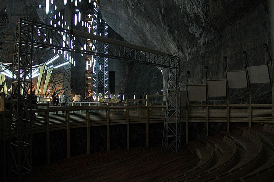 Соляные шахты в Турде - съемочная площадка для Бэтмена