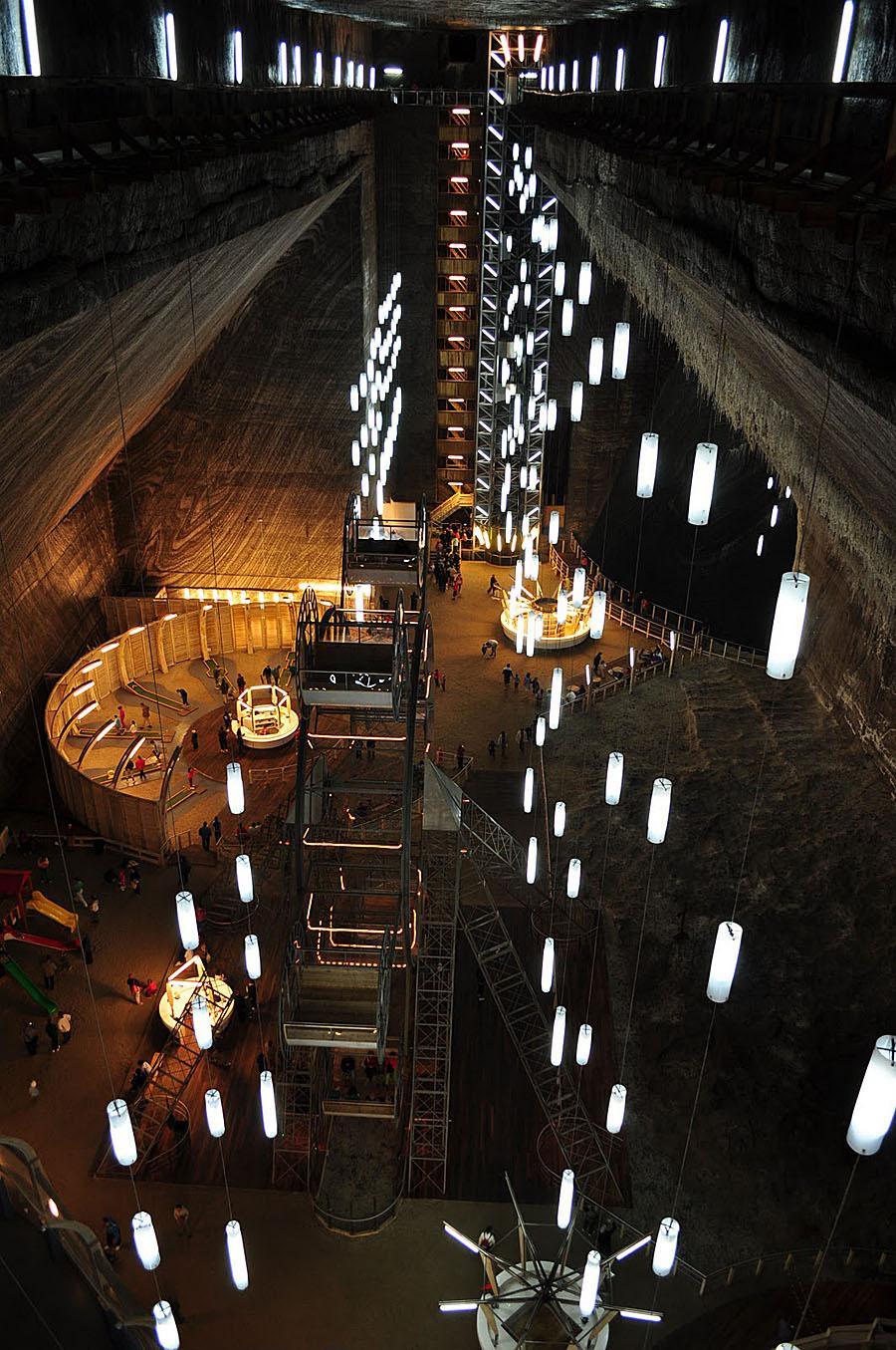 Соляная пещера в Турде - съемочная площадка для Бэтмэна