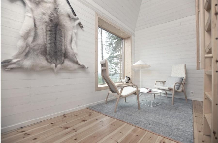 Внутренняя и внешняя отделка из слоистой березы, площадь номера 22 кв. метра