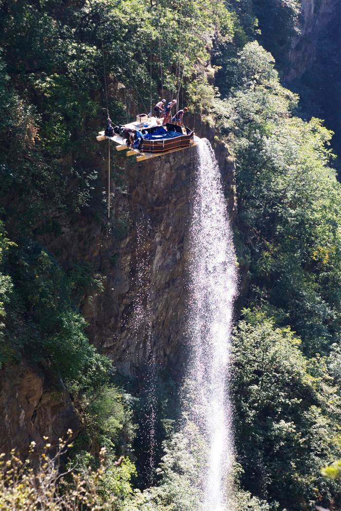 Эффектный завершающий водопад и в путь