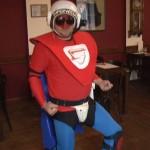Супер Вацлав в своем костюме защитника от правонарушений