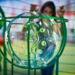Уникальная инсталляция 'le blobterre de matali' в Цетре Помпиду (Париж) для детей