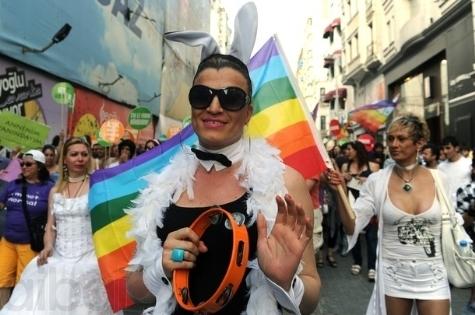 Прошлогодний гей-парад в Сербии обернулся серьёзными беспорядками