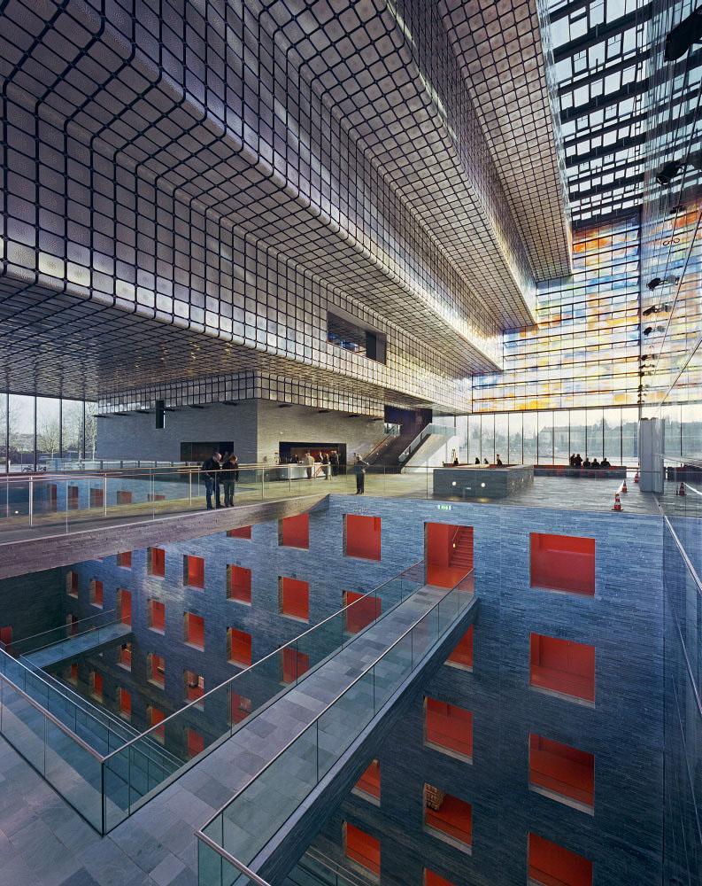 Внутренний дизайн Музея образа и звука