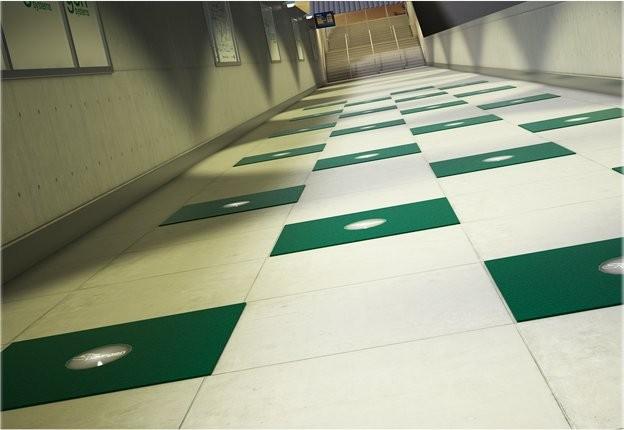 """Тротуарная плитка для преобразования энергии шагов в электричество от компании """"Pavegen Systems"""", Великобритания"""