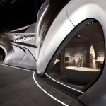 """Запутанная """"Галерея Roca"""" от Zaha Hadid в Лондоне"""