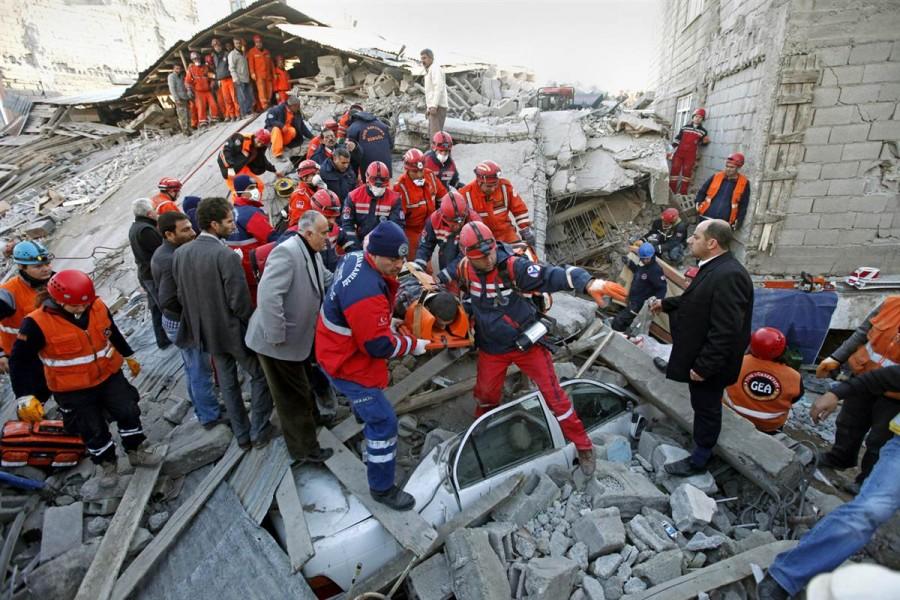 Эвакуация раненных не останавливается ни на минуту, Турция, 24 октября