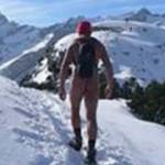 Голый турист в Альпах напугал швейцарцев