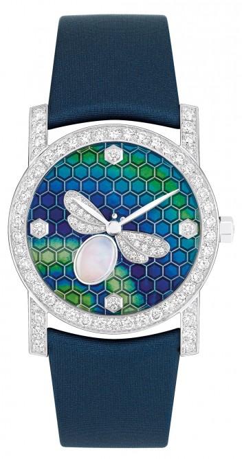 Один из номинантов - женские часы, 53 500 швейцарских франков, Chaumet Bee My Love