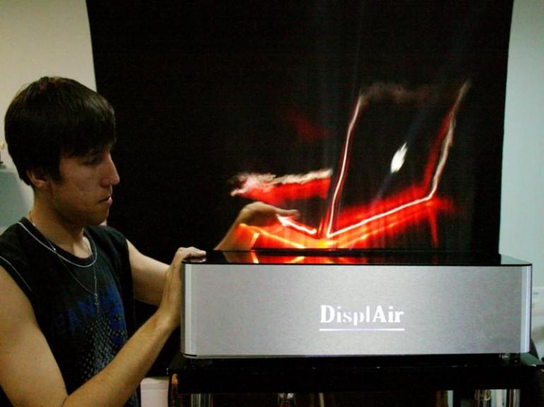 DisplAir отображает MacBook