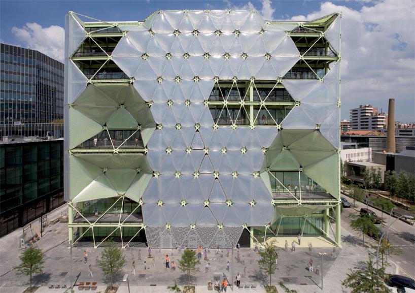 Здание в Барселоне Media-ICT Building является Победителем Фестиваля мировой архитектуры 2011
