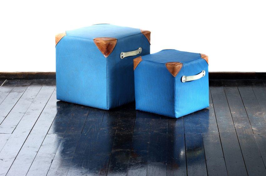 Синие коврики спортзалов знакомы всем