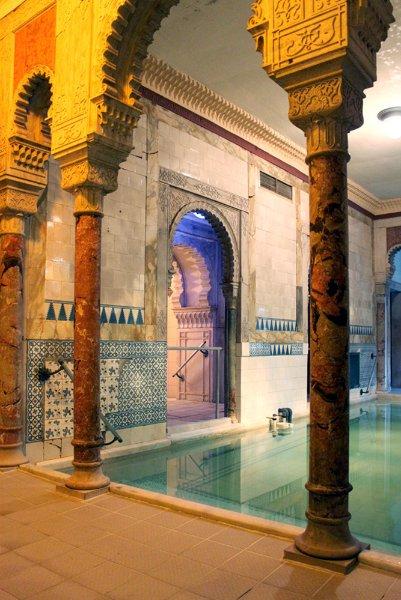 Историческая сауна в Вене, открыта в 1889 году как Centralbad