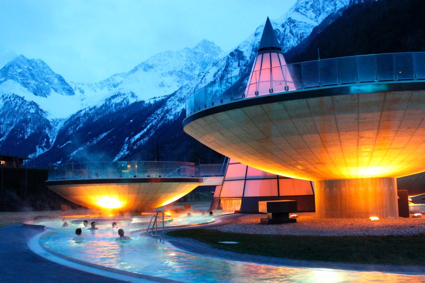 Aqua Dome в австрийском ?tztal. НЛО СПА в Альпах, построен в 2004 году