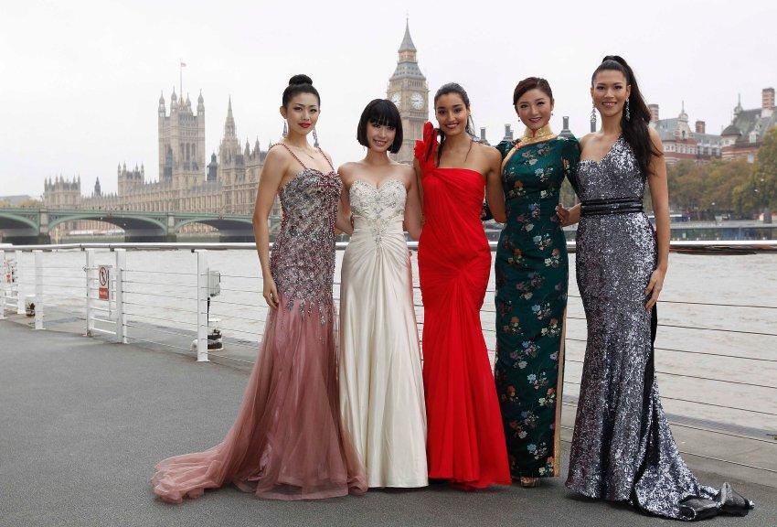 Мисс Китай - Лю Чен, Мисс Япония - Мидори Танака, Мисс Индия - Каниша Данхар, Мисс Гонконг - Чу Хайман и Мисс Филиппины Руаис