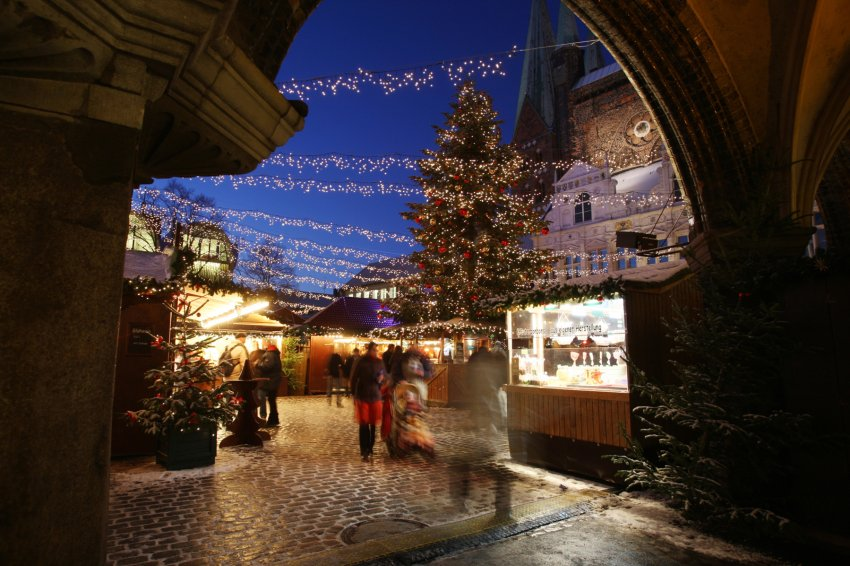 Магия света для детей в Любеке в Германии