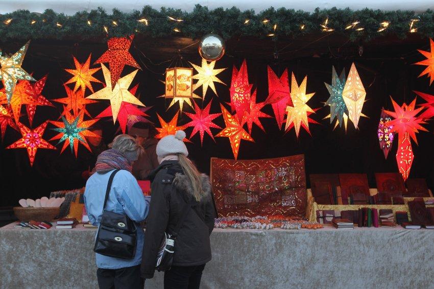 Рождественские звезды в Берлине