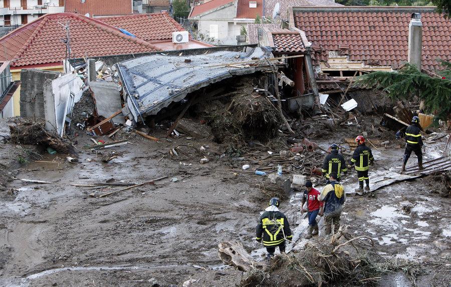 Оползень в Scarcelli, Сицилия 23 ноября