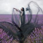 Пятно на пейзаже, фотограф моды Miss Aniela из Великобритании