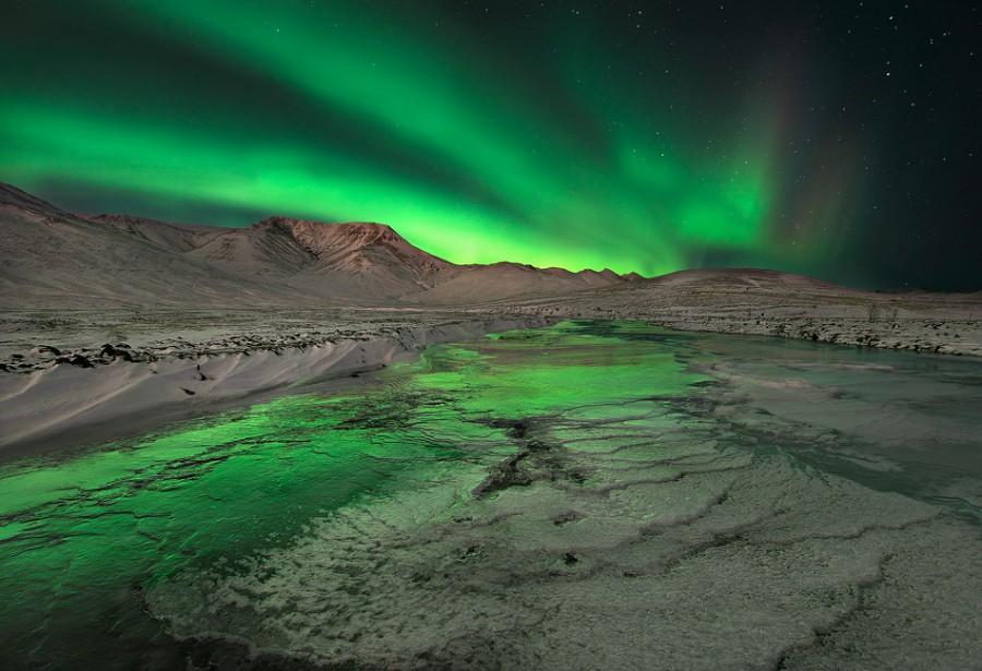 Изумрудные всполохи над исландией