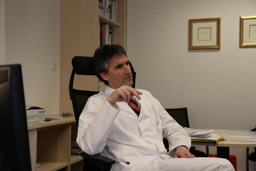 главврач, профессор, доктор медицинских наук Франк Куллманн