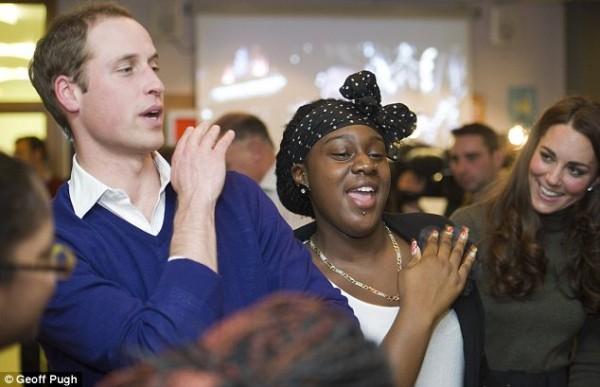 Веселый танец принца Уильяма позабавил его жену