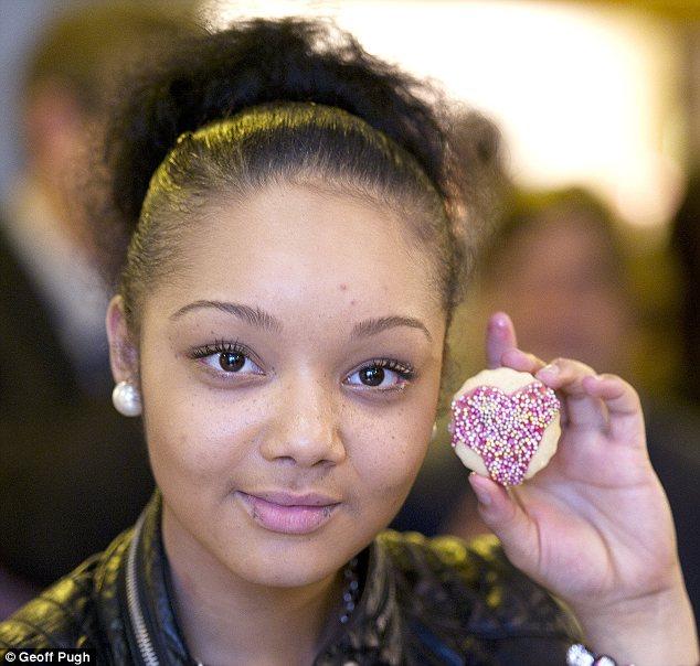 Кейт собственноручно изготовила это печенье для Таши, которой исполнилось 18 лет в этот день